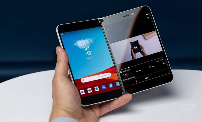 Surface-Duo-phone-696x420.jpg