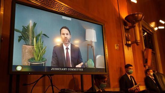 Google全球合作伙伴与企业发展总裁唐纳德·哈里森(Donald Harrison)在2020年9月15日星期二在华盛顿国会山举行的司法小组委员会听证会上通过视频会议作证