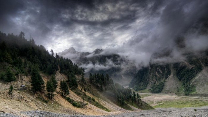 Storm-Clouds-Mountains-India-777x437.jpg